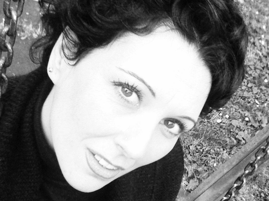 Loredana Maria Spadoni (costumista-scenografa)
